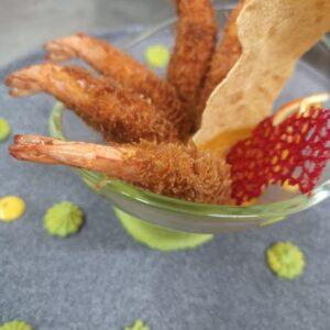 Gamberi in crosta Kataifi e salsa di carote e peperoni